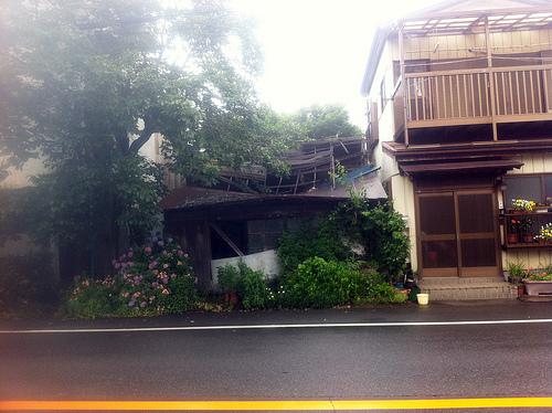 角町交差点近くの廃墟(?)