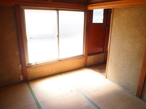 2階の和室。南向きのため結構明るい。