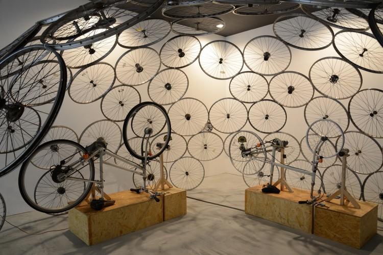 池田剛介《サイクルクエイク》あいちトリエンナーレ2013での展示風景
