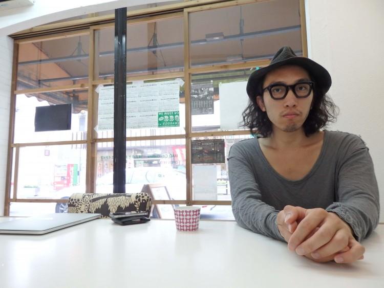 MAD Cityギャラリーにて西川さんにインタビューしました。