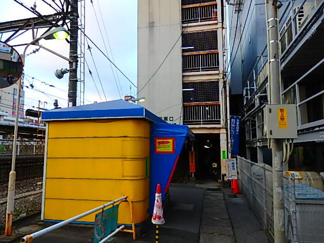 松戸駅東口自転車駐輪場は平日朝は通勤や通学のためかなり混むそうです。