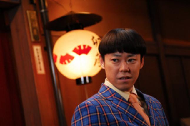 阿部サダヲの初主演映画「舞妓Haaaan!!!」の一コマ。