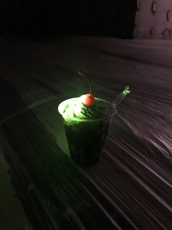 喫茶店ピーチーズが作る、mcg21xoxo sundaeのためのオリジナルサンデー